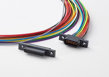 Micro-D 小型高密度角型コネクタ